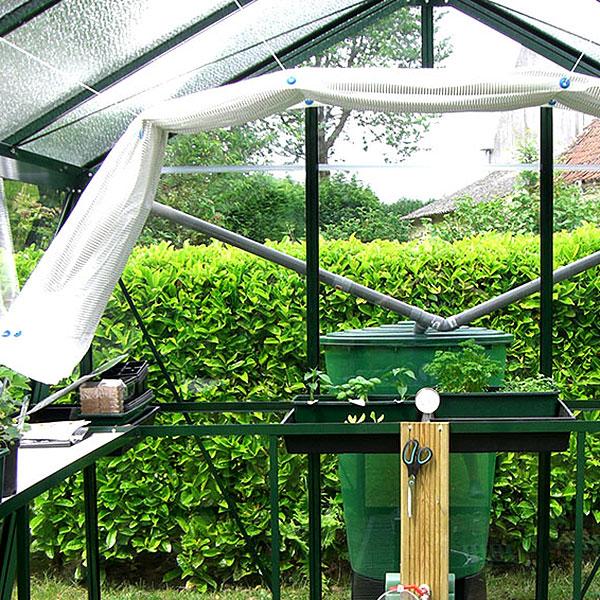 Skuggväv med silverslingor för hobbyväxthus